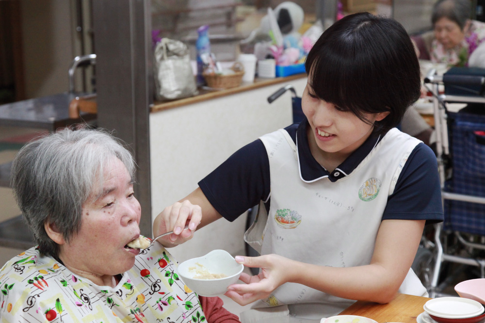 介護福祉士 高木 奈穂